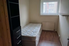 Good size single room, Victoria Road, Hendon, NW4.