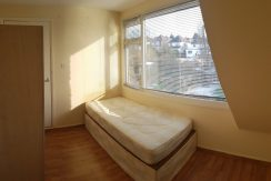 Single room, Ridge Hill, Golders Green, NW11.