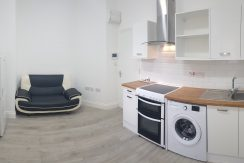 1 bedroom flat, Audley Road, Hendon, NW4.