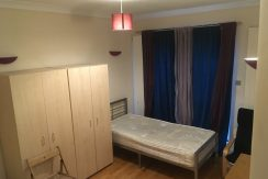Double Room, Temple Gardens, Golders Green, NW11, Available NOW!
