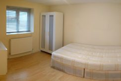 Small Double Room, Daniel Place, Hendon, NW4