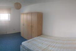 Single room,  Acrefield House, Victoria Road, Hendon, NW4. Available NOW!