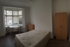 Double room, Bell Lane, Hendon, NW4, Available 26/08/2019