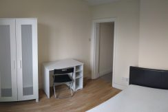 Double room, Sunny Gardens Road, Hendon, Close to MDX,