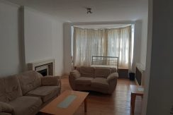 3 Bedroom Flat, Quadrant Close, NW4 3BY close to MDX and Hendon Central Station