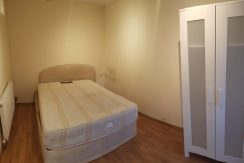 Double room, Great North Way, Hendon, NW4.