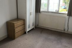 Double room, Courtleigh Gardens, NW11, Available NOW