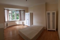 Big Double Room, Hillcrest Avenue, Golders Green, NW11