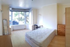 Double room, Watford Way, Hendon NW4.
